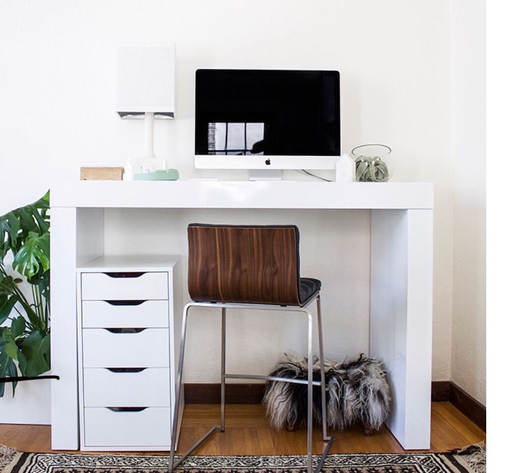 Make Room For An Office in Your Small Apartment – Organizing ...